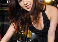 日本黑色内衣美女辰巳奈都子高清写真