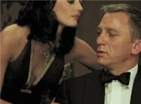 女人勾引男人亲吻男人脸动态图